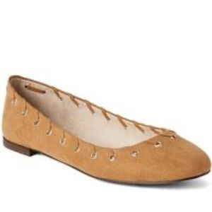 GAP ballet flats with grommets tan camel suede 9
